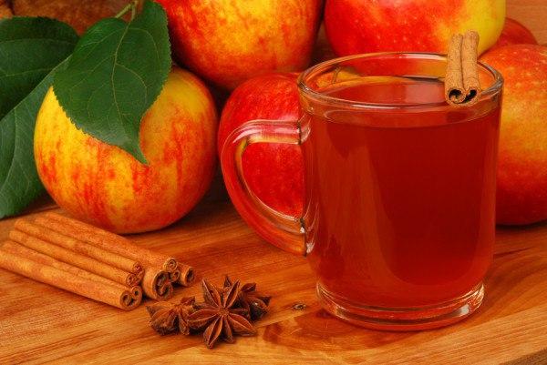 Яблочный сидр безалкогольный.