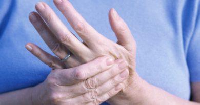 Почему немеют пальцы рук?