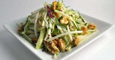 Топ-5 идей салатов для легкого ужина.