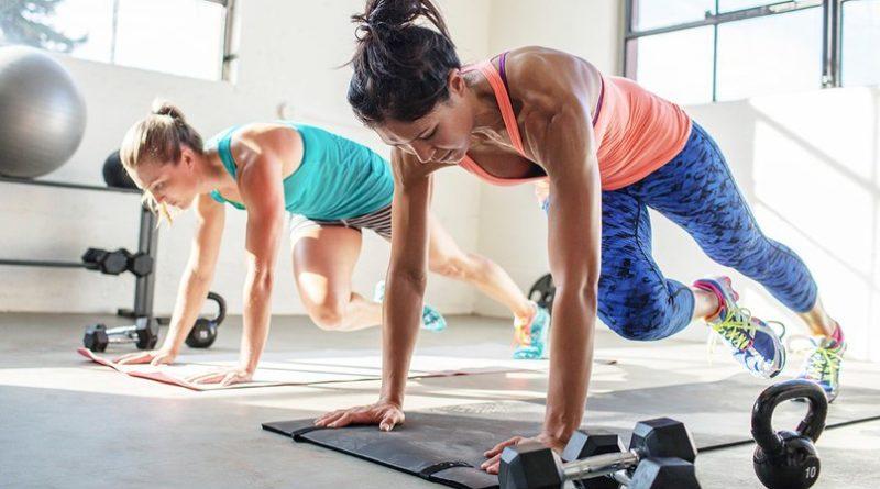 Тренировка для сжигания жира. Почему не стоит избегать силовых тренировок.