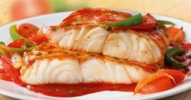Рыба под овощным маринадом.