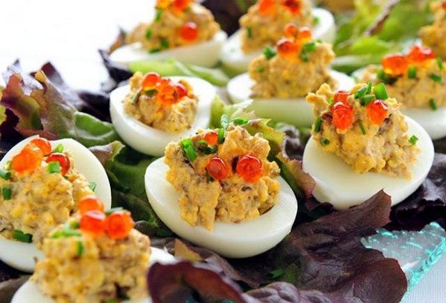 26 фитнес-вариантов для начинки: Фаршированные яйца.