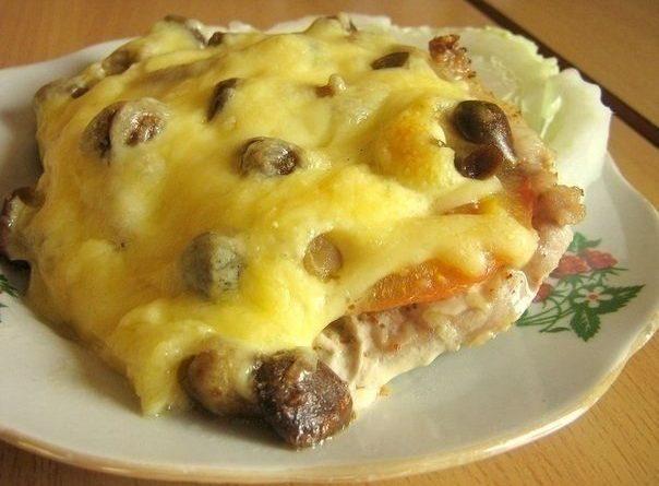 Мясо по-купечески (с грибами).