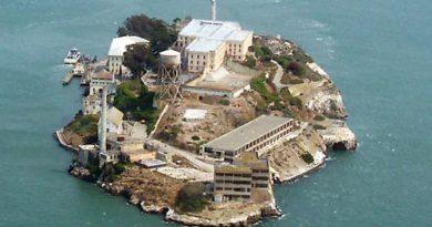 Алькатрас. Тюрьма известная всем