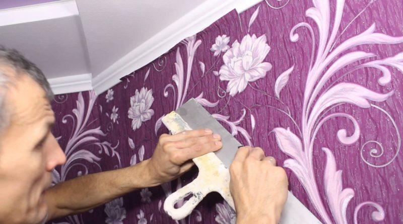 Как правильно поклеить обои на стены своими руками: пошаговая инструкция