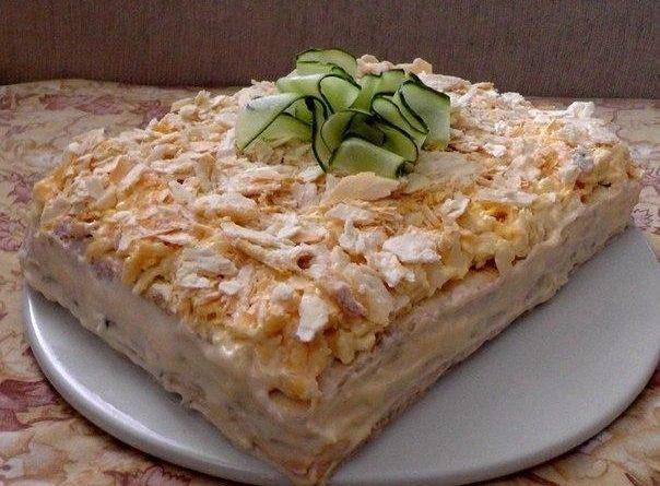 """Салат-торт """"Закусочный""""."""