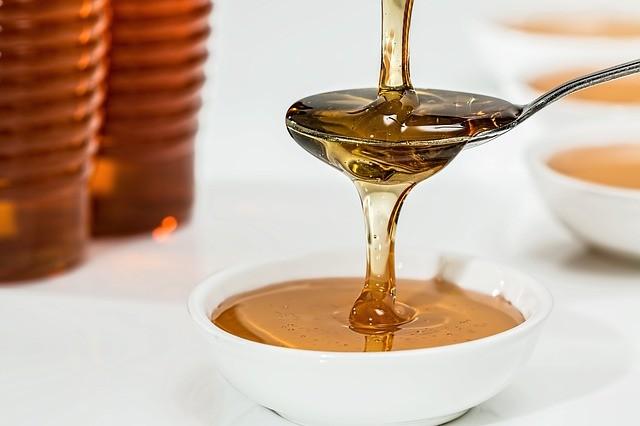 Лечение изжоги медом.