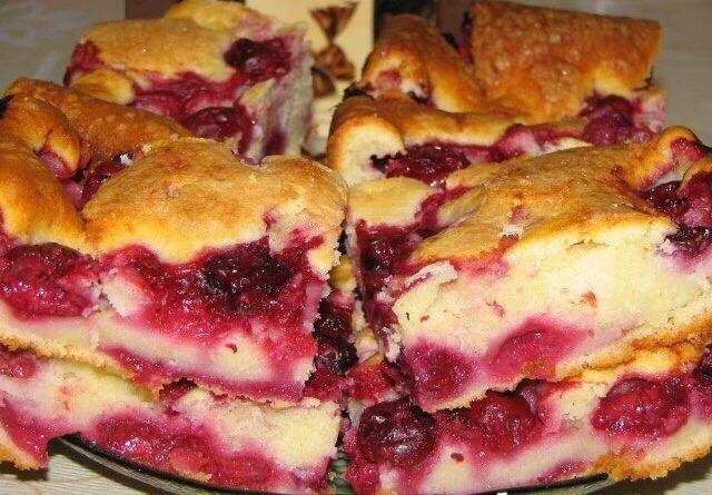Пирог с вишней.