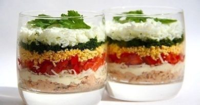 Легкий слоеный салат.
