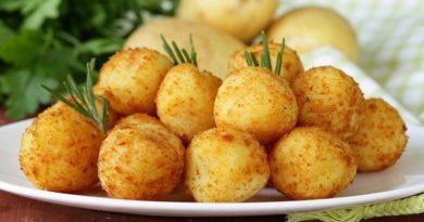 Картофельные шарики с сыром.