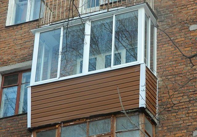 Материалы для отделки балкона снаружи.
