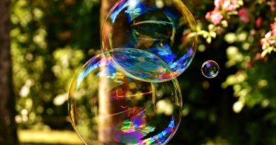 Классическая политэкономия «мыльного пузыря».