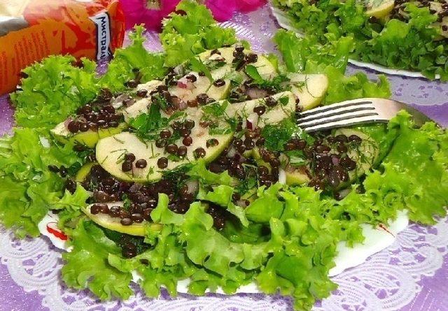 Салат из чечевицы с яблоком