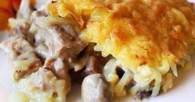 Курица и грибы под картофельной шубой