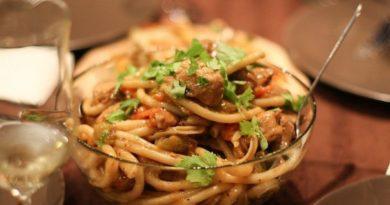 Спагетти со свининой.