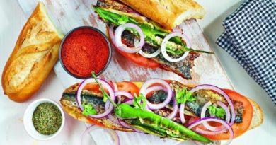Турецкий сэндвич со скумбрией