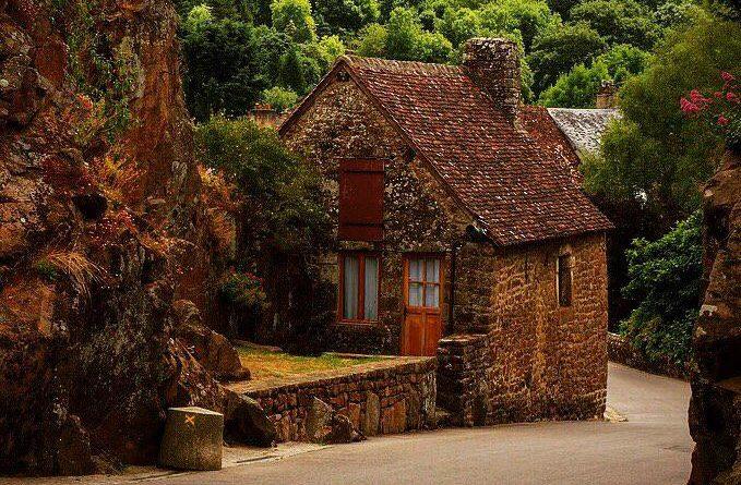 Ассоциации «Самые красивые деревни Франции».