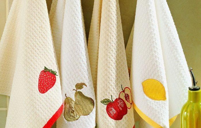Как отстирать кухонные полотенца.