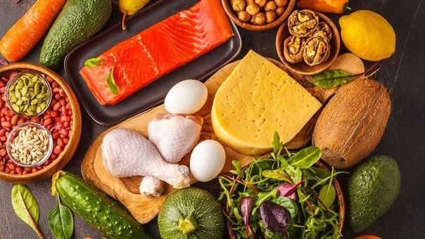 Где содержится много белка и мало углеводов?