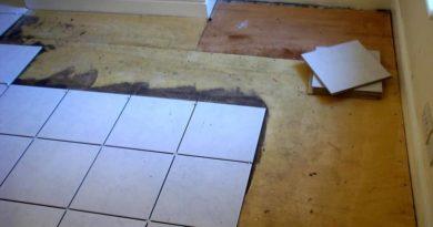 Как положить кафель на деревянный пол
