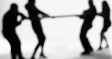 Не вставай ни на чью сторону в конфликтах между подчиненными
