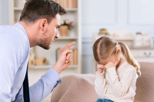 Родительские фразы, вредящие ребенку