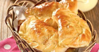 Пирожки с квашеной капустой и яйцами
