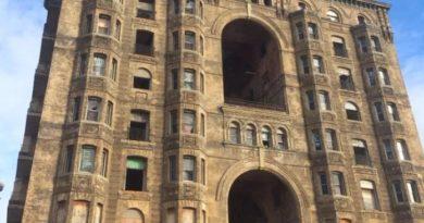 15 потрясающих заброшенных отелей и их история