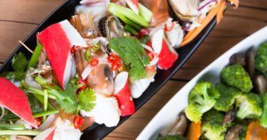 Крабовый салат: 5 лучших рецептов
