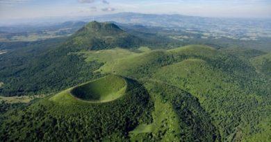 40 километров зеленых вулканов Франции