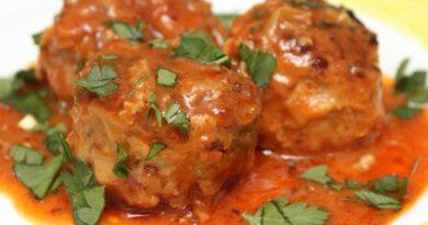 Тефтели в томатно-сливочном соусе
