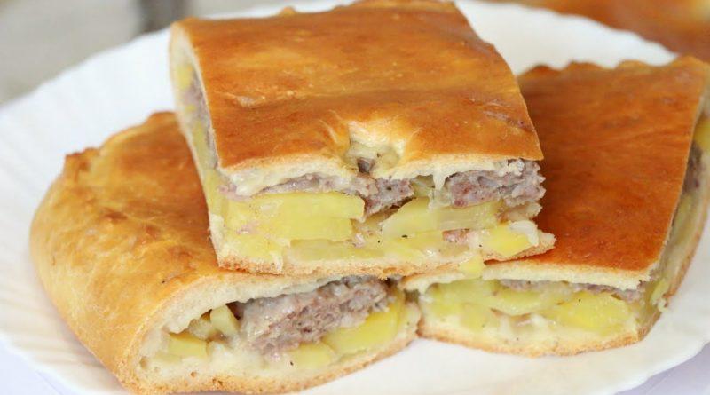 Пирог с фаршем и картошкой