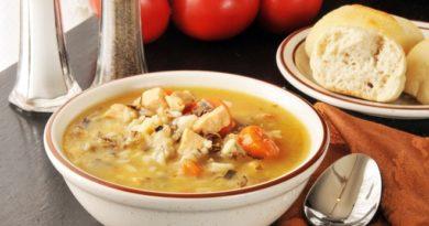 Рисовый суп: рецепт диетического первого блюда