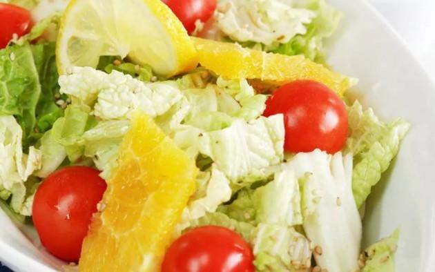 Диетические рецепты салатов на Новый год
