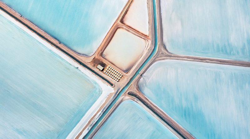 Голубые соляные пруды от Саймона Баттерворта, Австралия