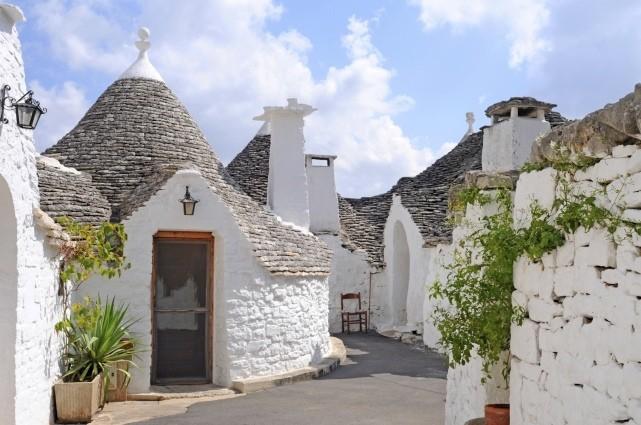 «Трулли» – традиционные жилища в городе Альберобелло