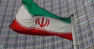 Иран пригрозил сбивать шпионские аппараты в районе учений с Россией