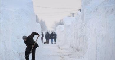 """Нижегородцы нашли """"золотую жилу"""" этой зимой: они продают снег"""