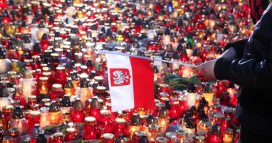 Почему Польша обвиняет Россию в «искажении» истории Второй мировой войны