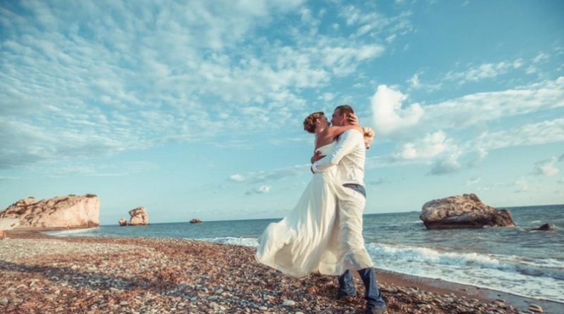 Свадебный туризм: свадьба и медовый месяц на Кипре