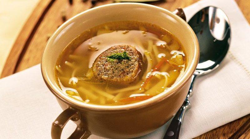 Суп-лапша с фаршированными куриными шейками