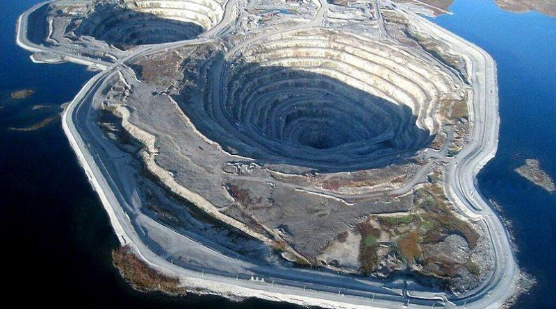 8 самых впечатляющих дыр в поверхности Земли