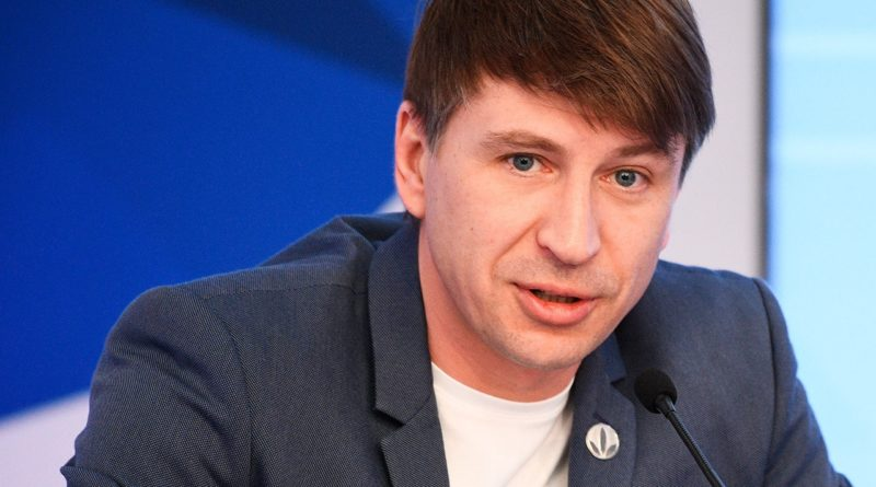 Ягудин оскорбил болельщиков, пытаясь защитить Тарасову
