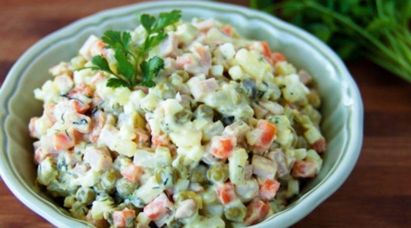 Суд ВТО запретил россиянам готовить салат «Оливье» на Новый год