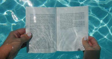 Гостиницы во Флориде открыли подводные библиотеки