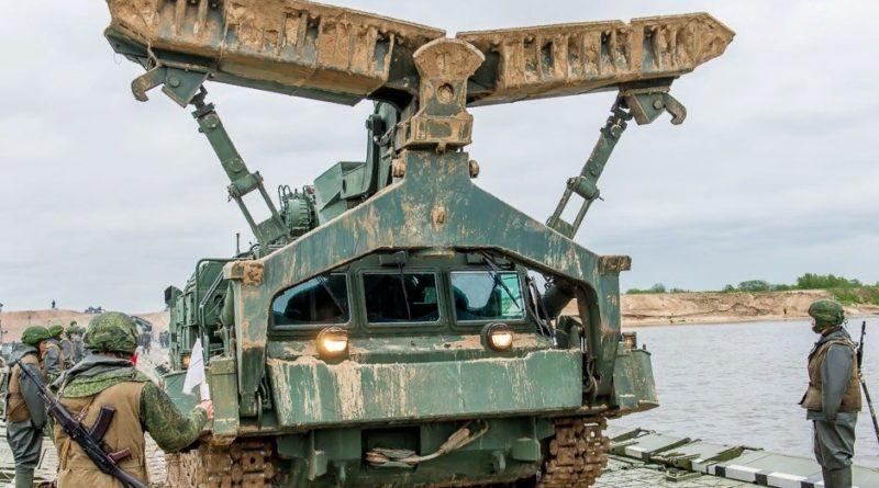 Более 600 единиц инженерной техники должно поступить в российскую армию в 2020 году