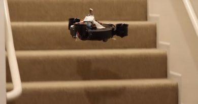 Видеоблогер собрал летающий робот-пылесос