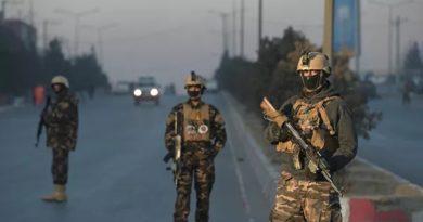 В Афганистане восемь полицейских погибли при нападении талибов на КПП