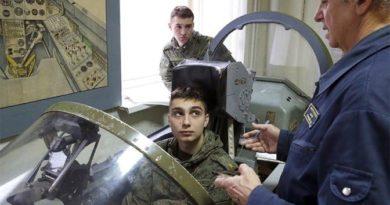 В России увеличиваются офицерские кадры