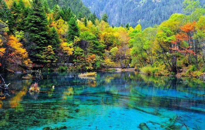 Озеро Пяти цветов – красота, которую редко встретишь